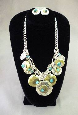 Turquoise Metal Blend Necklace Set