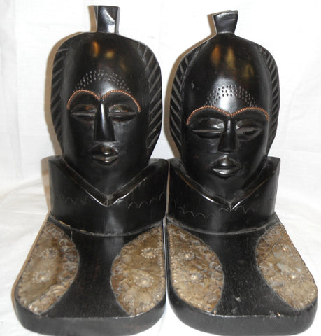Ashanti Bookends