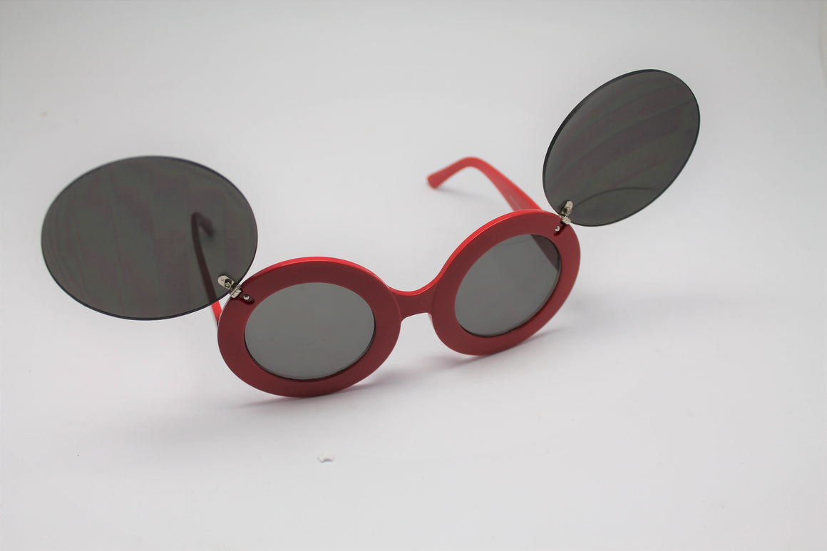 Lady gaga Mickey Mouse Flip Retro Paparazzi Sunglasses Red Frames