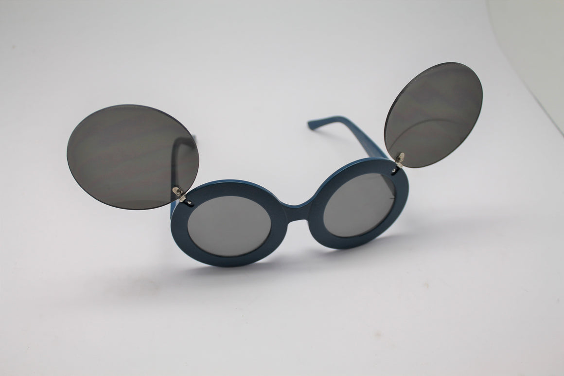 Lady gaga Mickey Mouse Flip Retro Paparazzi Sunglasses Blue Frames and lenses