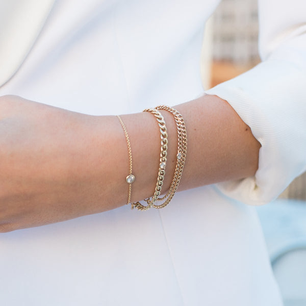 GOLD CHAIN BRACELET WITH SINGLE FLOATING DIAMOND - FAIRYDUST_JEWELRY
