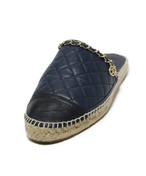 Chanel blue navy quilted leather chain trim sandals 1
