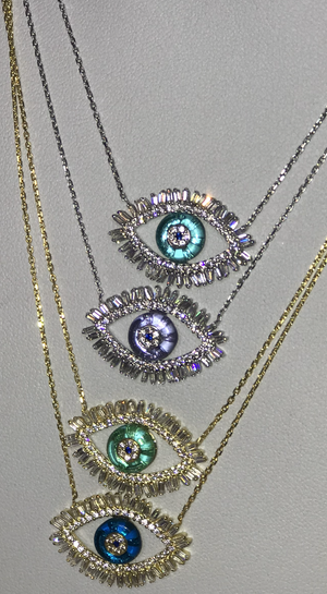 Eye baguette necklace with glass center