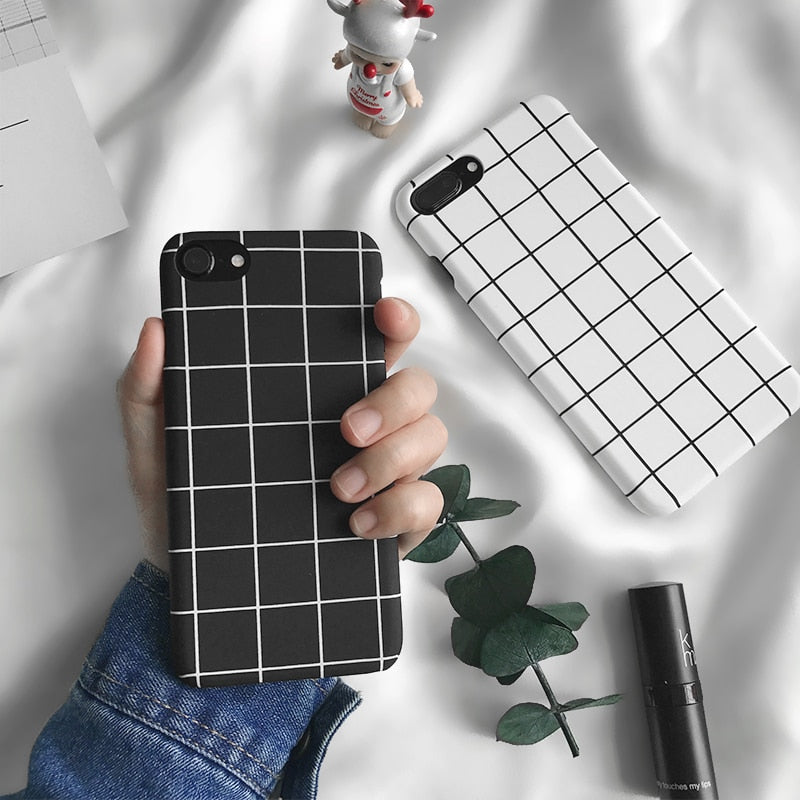 Black/White Grid IPhone Case - Modern Charme.