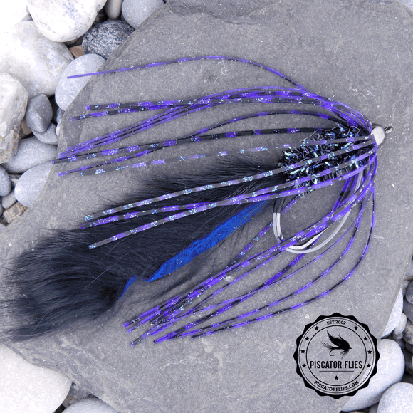 Bass Crawler Fly Lure in Black