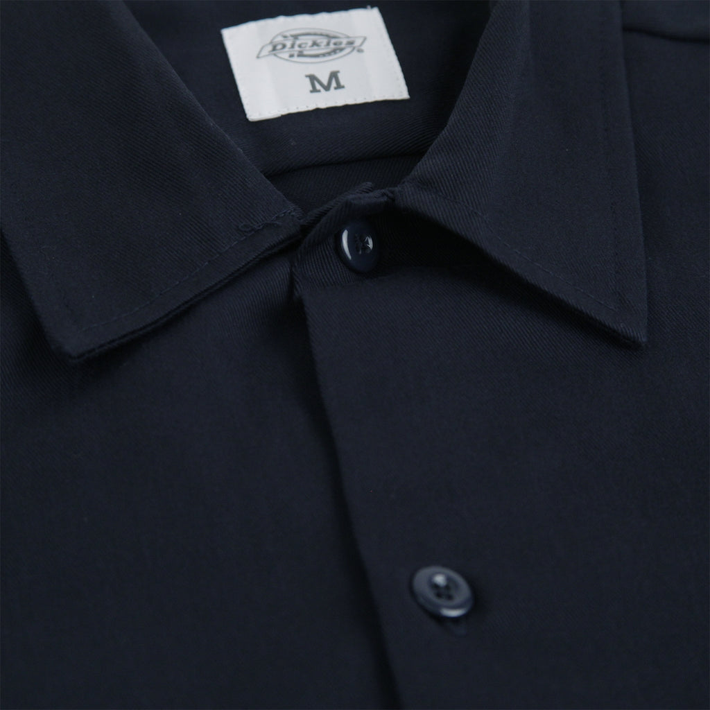 Dickies Minersville Shirt in Dark Navy - Collar