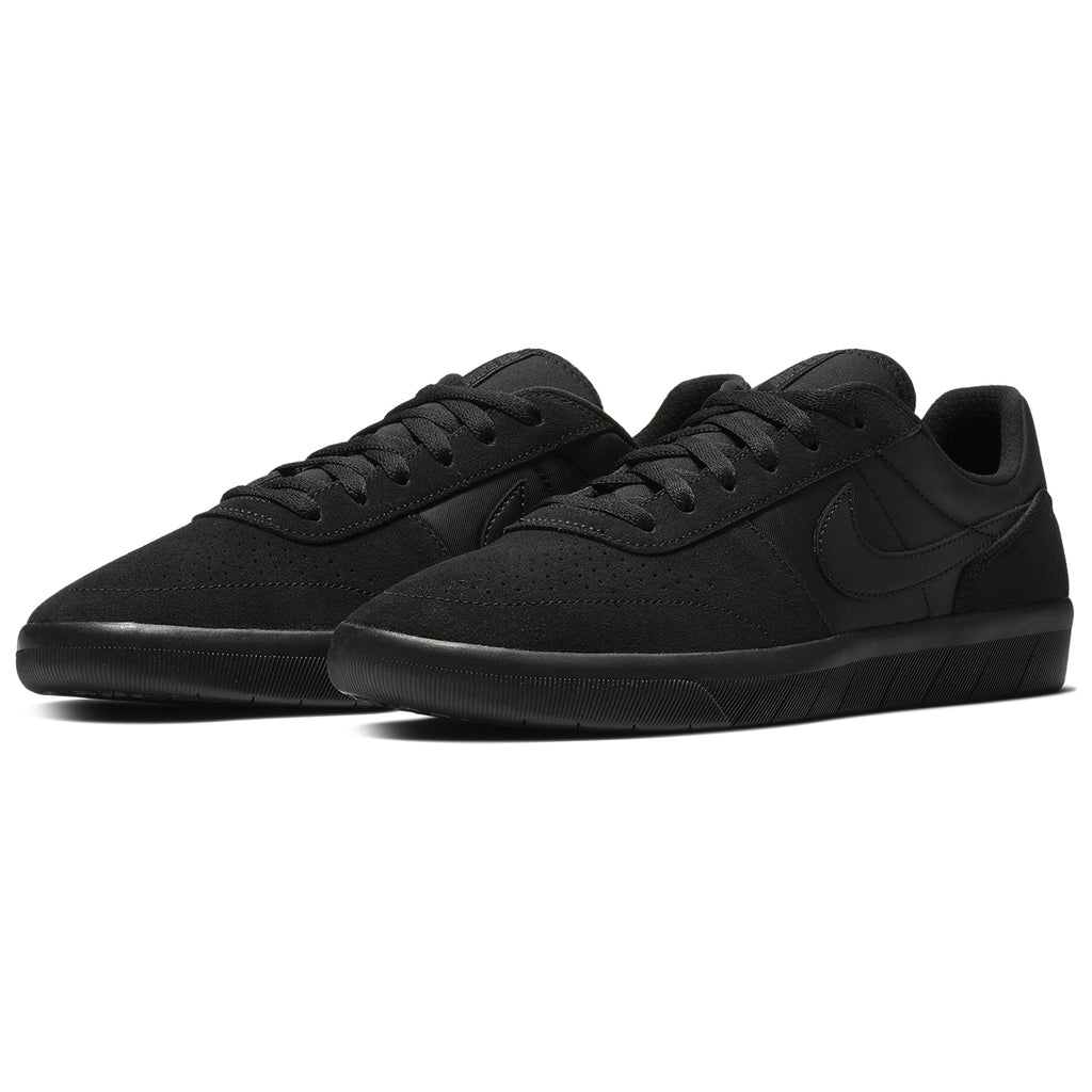 Nike SB Team Classic Shoes in Black / Black - Anthracite - Pair