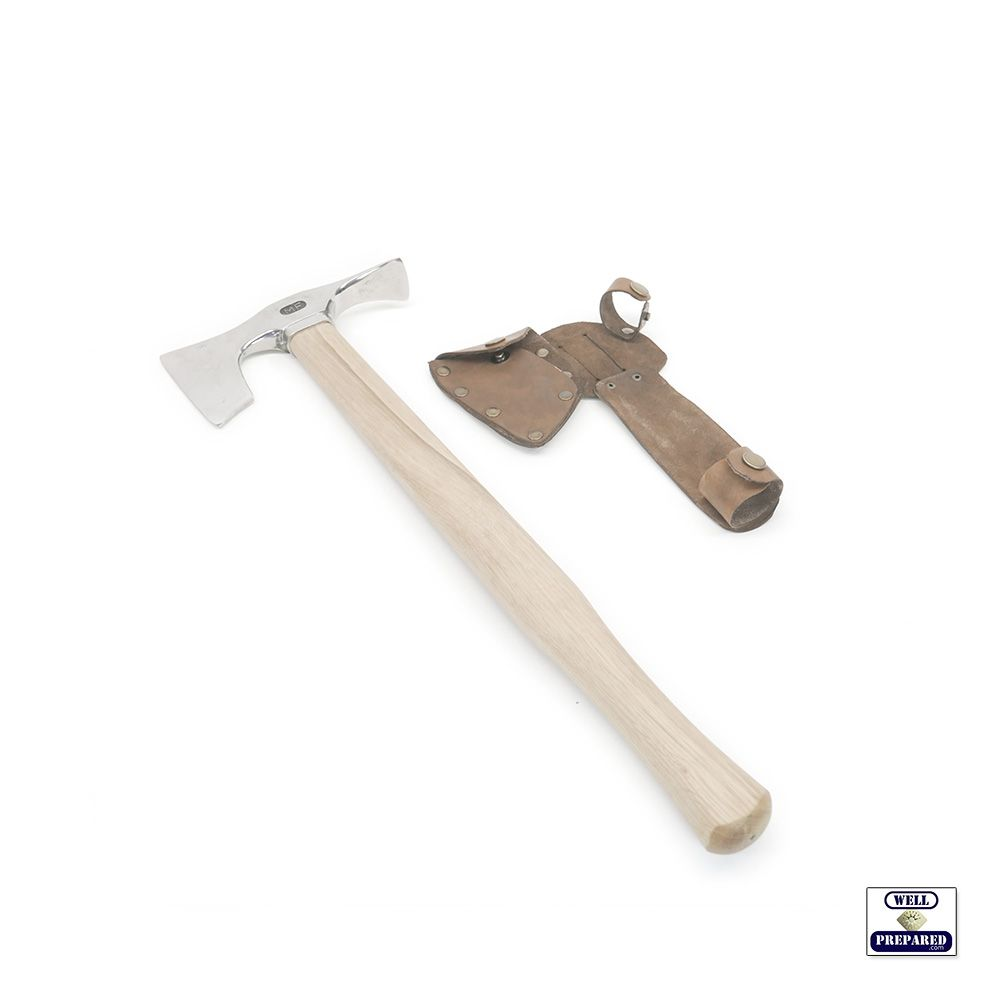 The Survivalist Hatchet 01