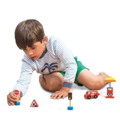 Le Toy Van Petrol Pump and Road Sign Set Boy 2