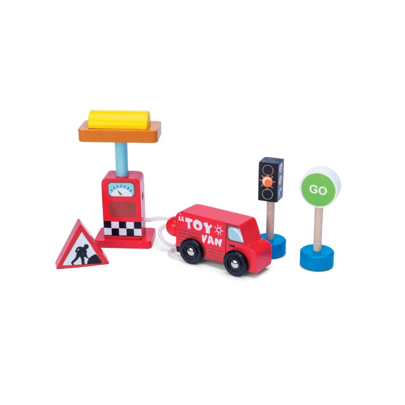 Le Toy Van Petrol Pump and Road Sign Set
