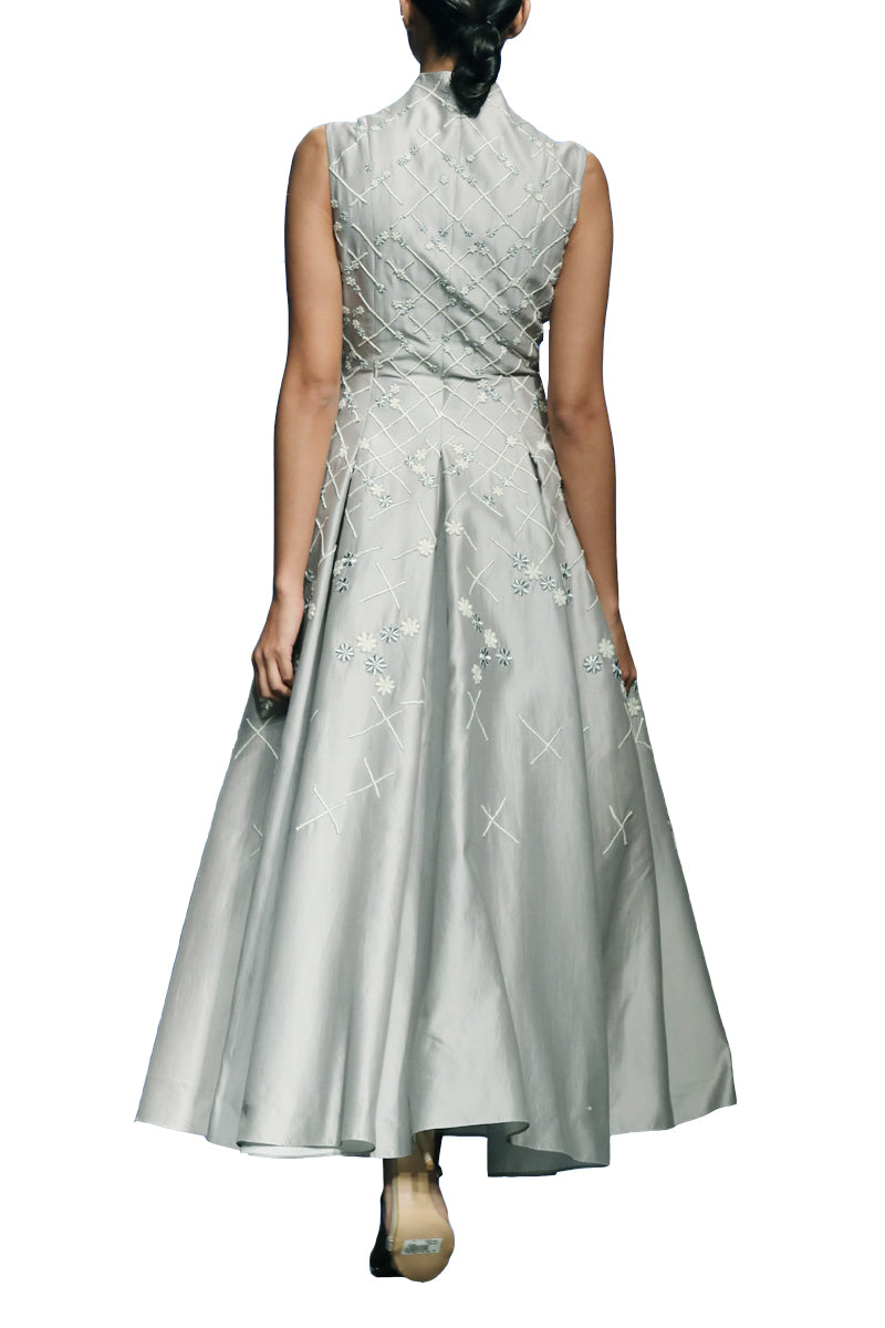 Lapel Collar Embroidered Gown