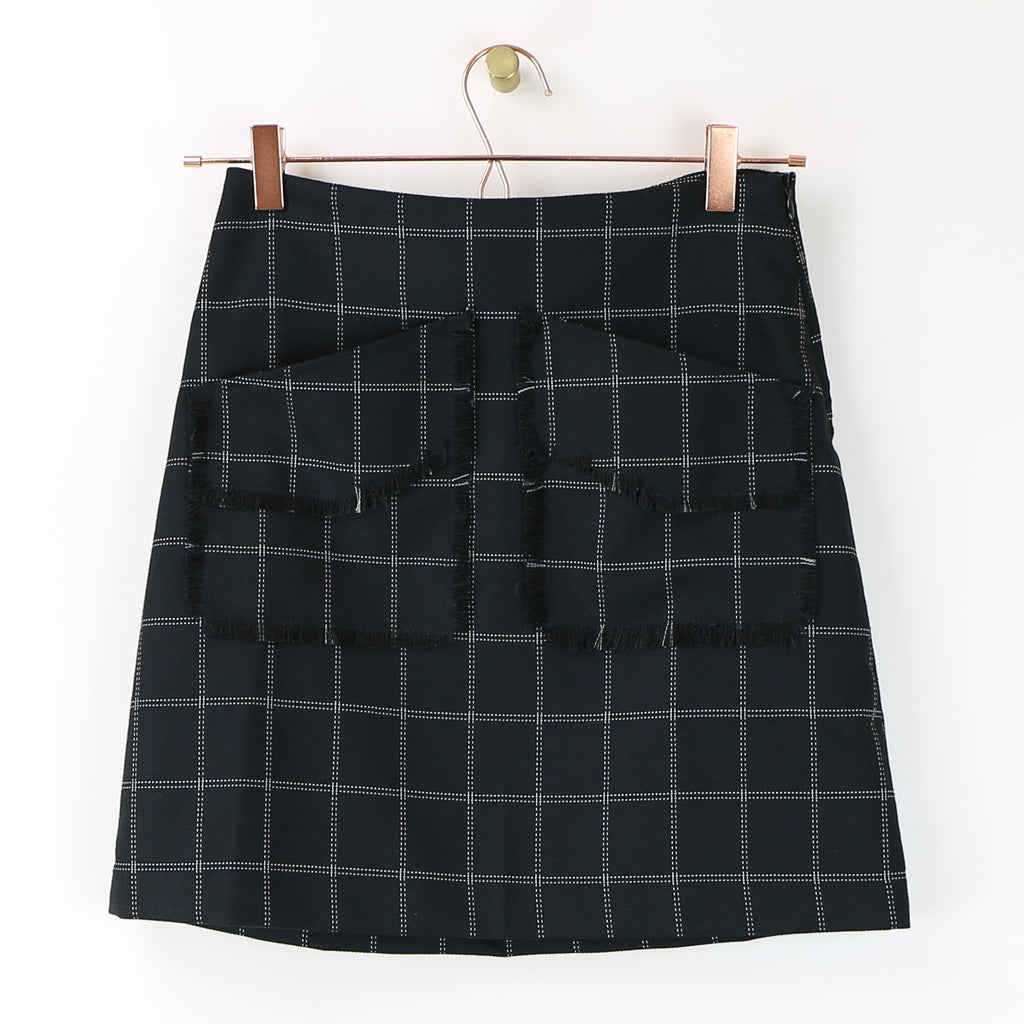 Servin Skirt in Black - DI