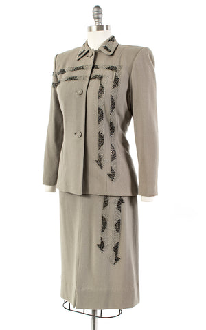 1940s Beaded Arrows Grey Skirt Suit | medium