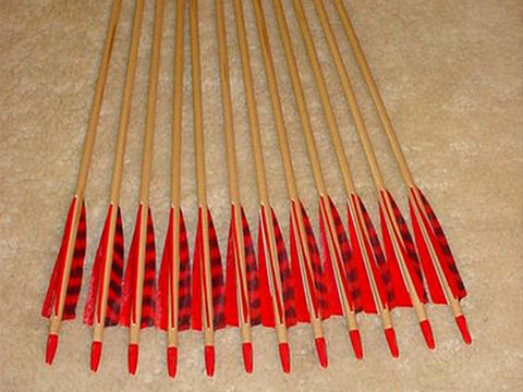 40-45# Falcon Arrows – cedar, red