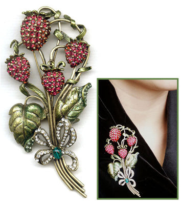 Sweet Strawberries Pin P539 - sweetromanceonlinejewelry
