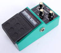 1985 Maxon Digital Echo Delay DE-01