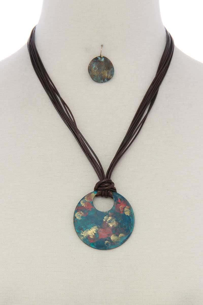Patina circle multi stand pu leather short necklace