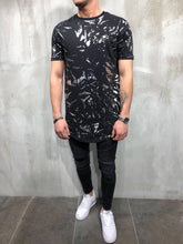 Load image into Gallery viewer, Black Printed Oversize T-Shirt A22 Streetwear T-Shirts