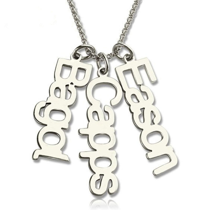 vertical name necklace with 3 names