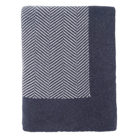 Bedroom inspiration and bedding decor | The Dark Blue Border Herringbone Throw | Crane and Canopy
