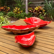 "Load image into Gallery viewer, Cal. Style Pottery Orange ""Banana"" Bowl"