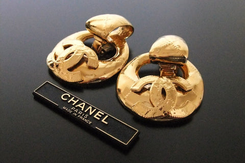 Authentic vintage Chanel earrings swing CC large