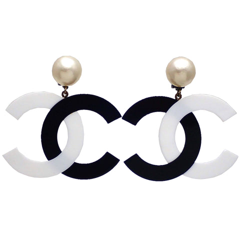 Authentic vintage Chanel earrings Faux Pearl Black White CC logo Dangled