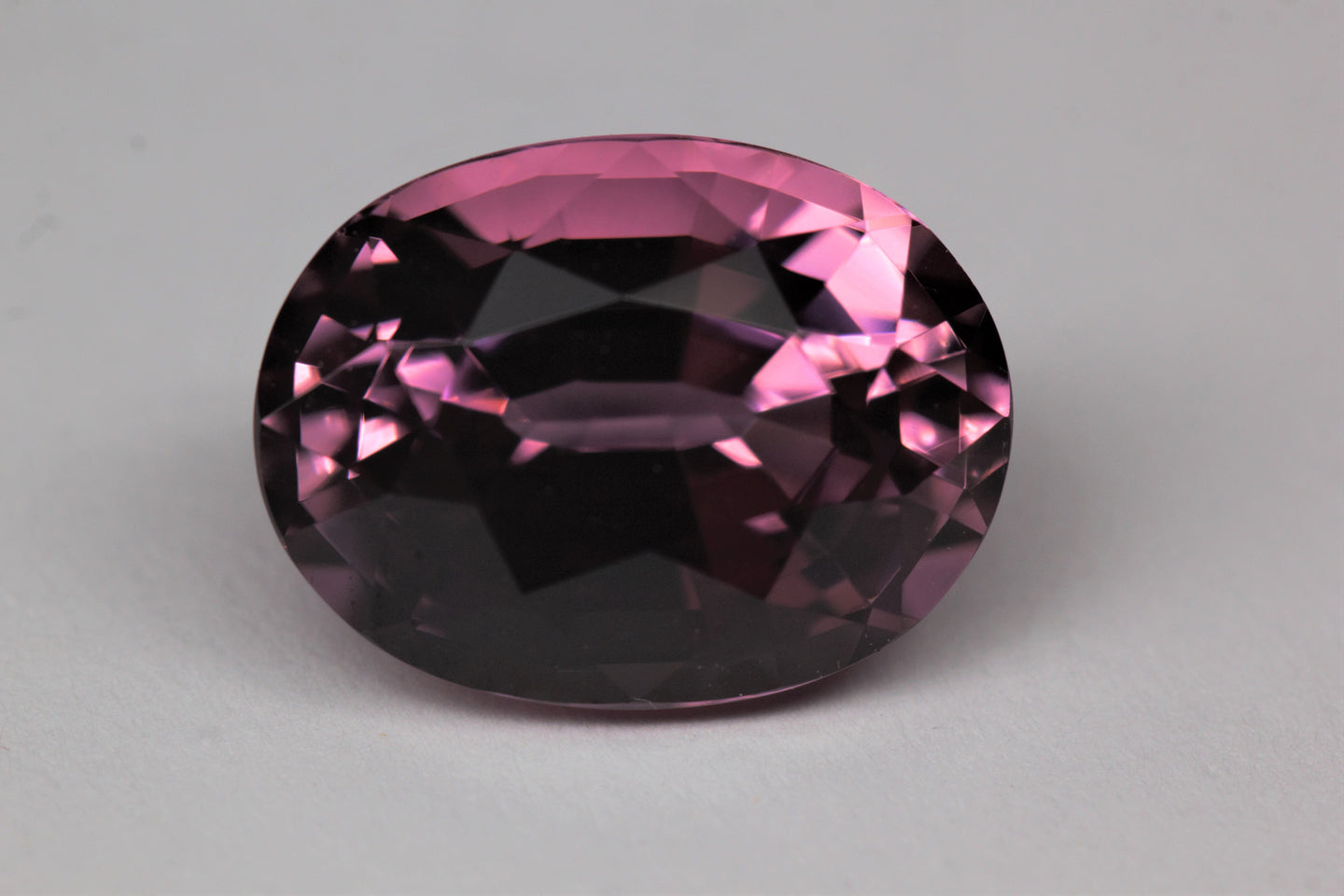 11.95x9mm Oval Pink Tourmaline (TOPV129)