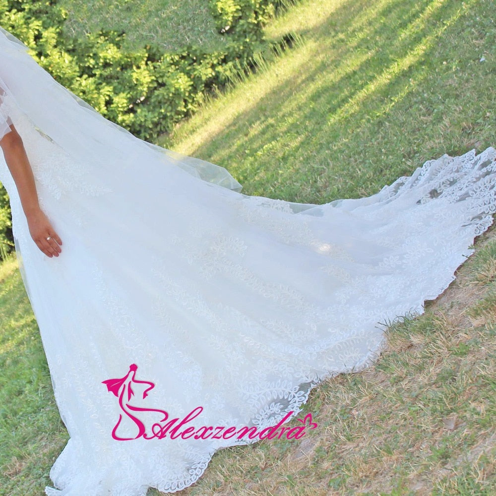 Alexzendra White Ball Gown Wedding Dresses Applique Off the Shoulder Gorgeous Bride Dresses Vestido Robe De Mariage