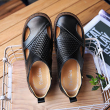 Load image into Gallery viewer, Men Breathable Cow Leather Slip Resistant Casual Sandals