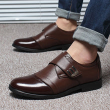 Load image into Gallery viewer, Men Classic Color Blocking Hook-Loop Business Casual Leather Shoes