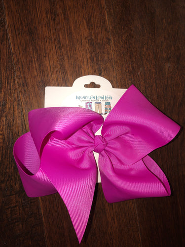 Fushia 7.5in Bow