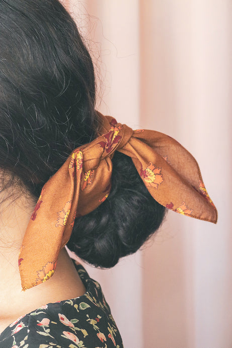 How to Style your Hair Scarf