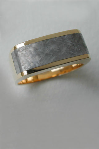 Gibeon Meteorite Band in 18kt Gold