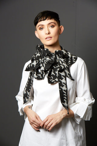 Ida - Black and Grey Checked Scarf