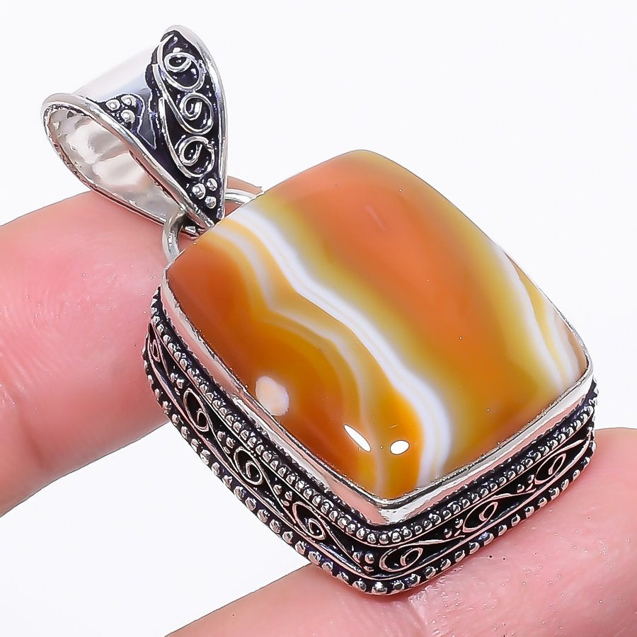 Montana Lace Agate Vintage Jewelry Pendant 1.7 Inches RP148