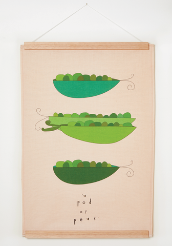 "ART wall hanging ""a pod of peas"""