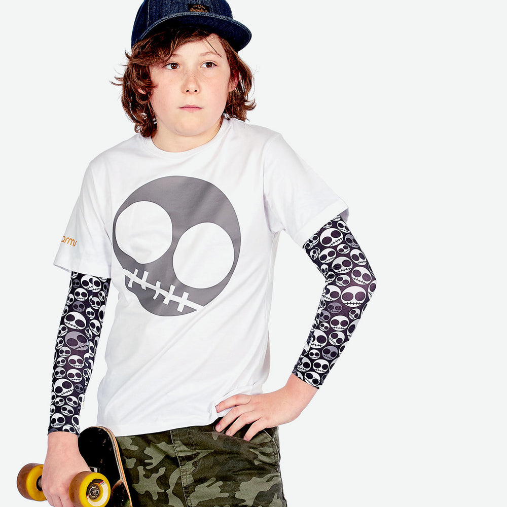 Sun protective sleeves for children - Skull design