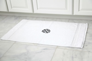 EMBROIDERED BATH MAT 2PC WHITE SET