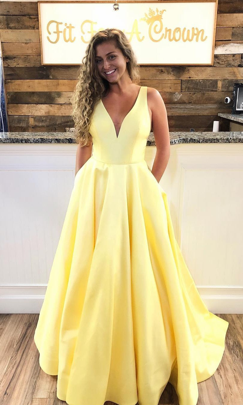 Elegant Yellow Prom Dress with Pocket - daisystyledress