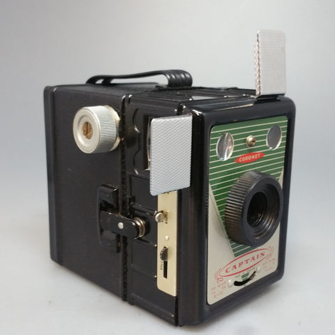 Coronet CAPTAIN 6 x 9 cm 120 film box camera