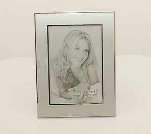 Engraved photo frame - 3 x 5 Personalized picture frame - Silver photo frame with engraving