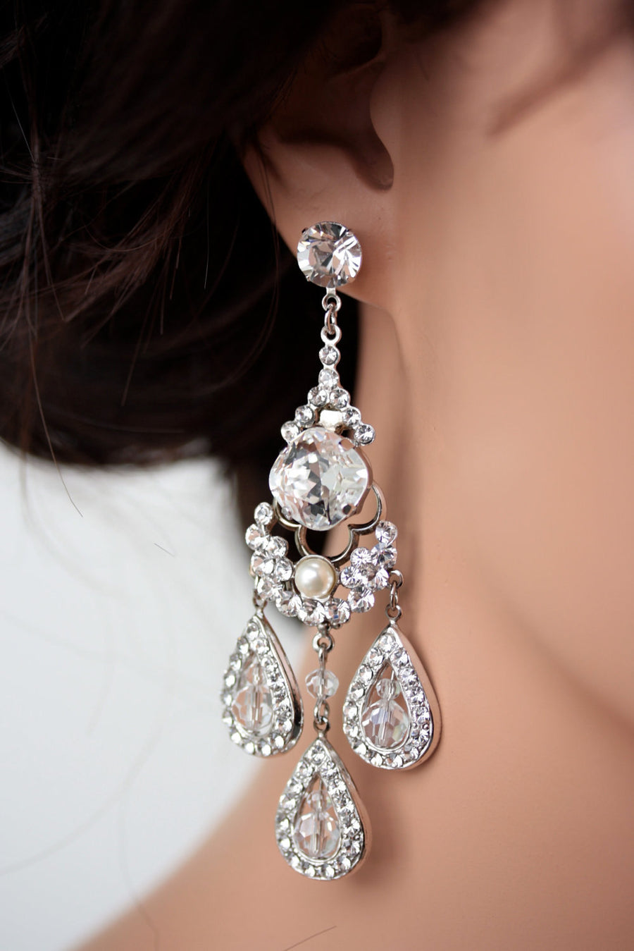 Majestic Leona Chandelier Bridal Earrings - Lulu Splendor