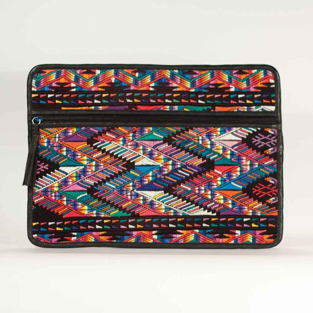 ChiChi Deluxe Laptop Love Mountains