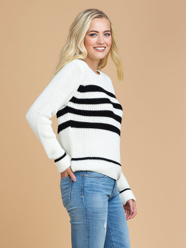 Goodnight Macaroon 'Rylan' Striped Knitted Crew Neck Sweater Side