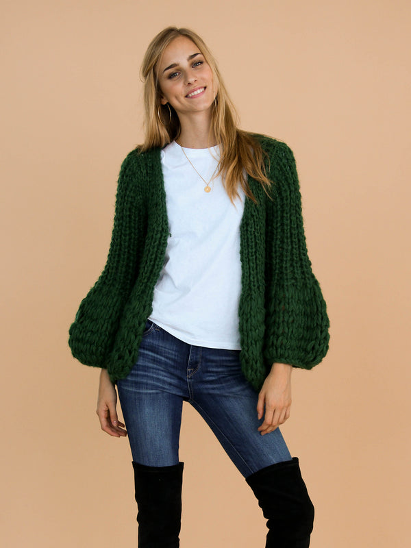 Goodnight Macaroon 'Lillibeth' Green Chunky Knit Open Cardigan Model Front Half Body