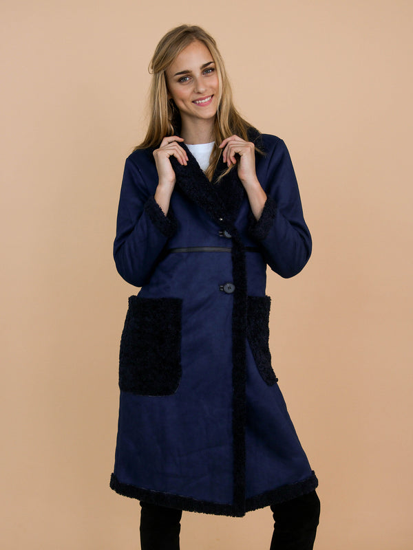 Goodnight Macaroon 'Charla' Faux Suede Shearling Coat Model Front Half Body
