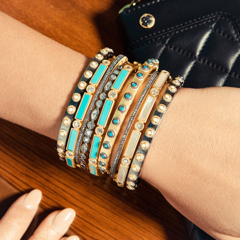 Color Up! Stack It