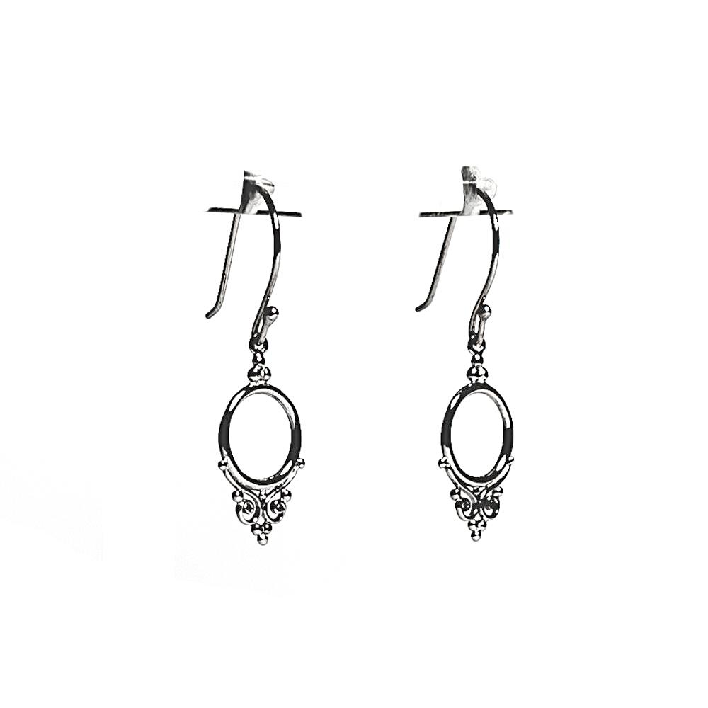 Desi Earrings - Silver