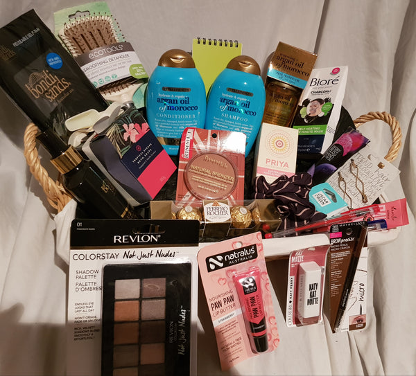 All about the hair gift bag deal